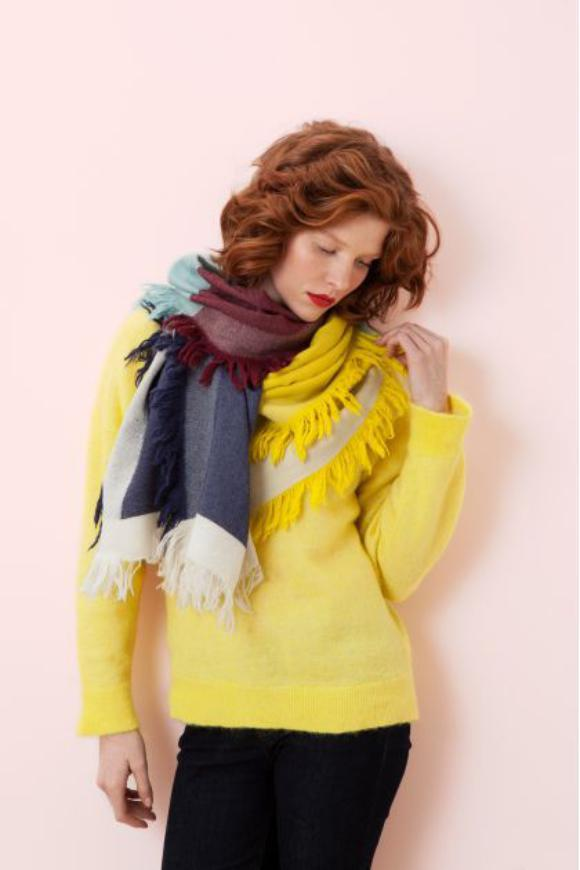 Carissima Leuven Winter 2019 Sjaal Ma Poesie Susie Yellow And Blue Scarf