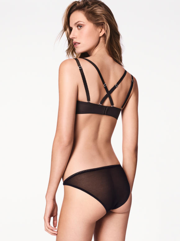 Carissima Leuven Wolford Lingerie Winter 2017 69754 7005 200 004 B X Ws